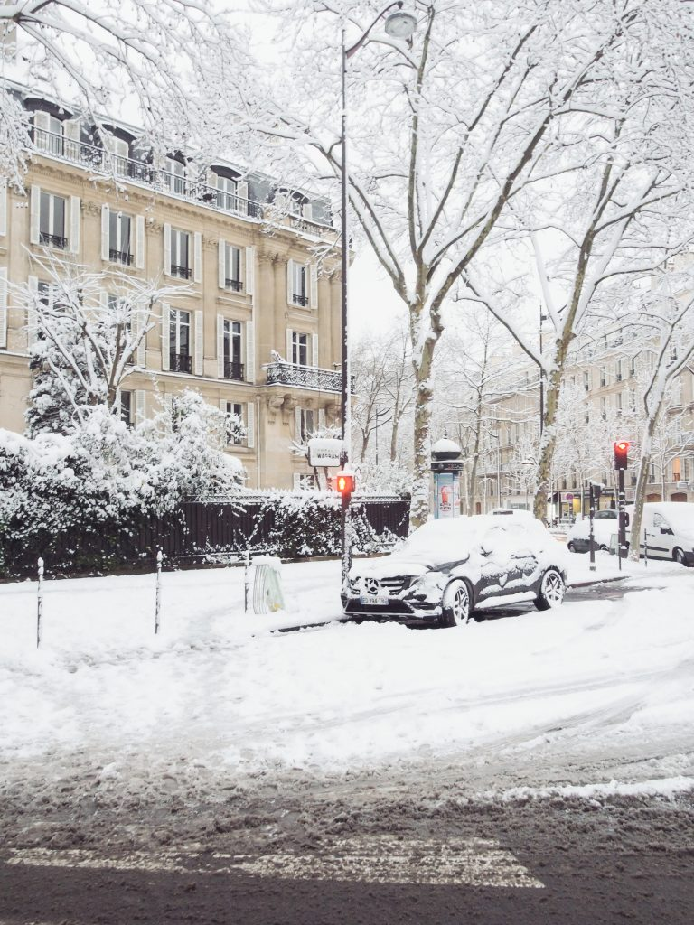 Paris sous la neige / Blog mode et lifestyle parisien-some-place-called-home