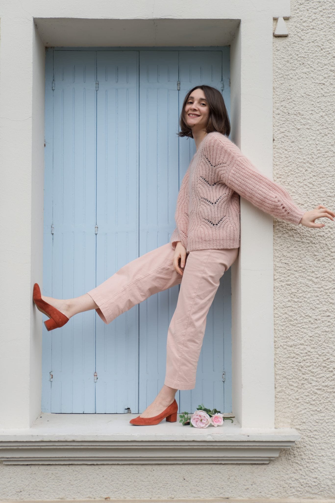 Maille Simone et Pantalon June Sezane, escarpins Des petits Hauts / Blog-mode-estelle-some-place-called-home