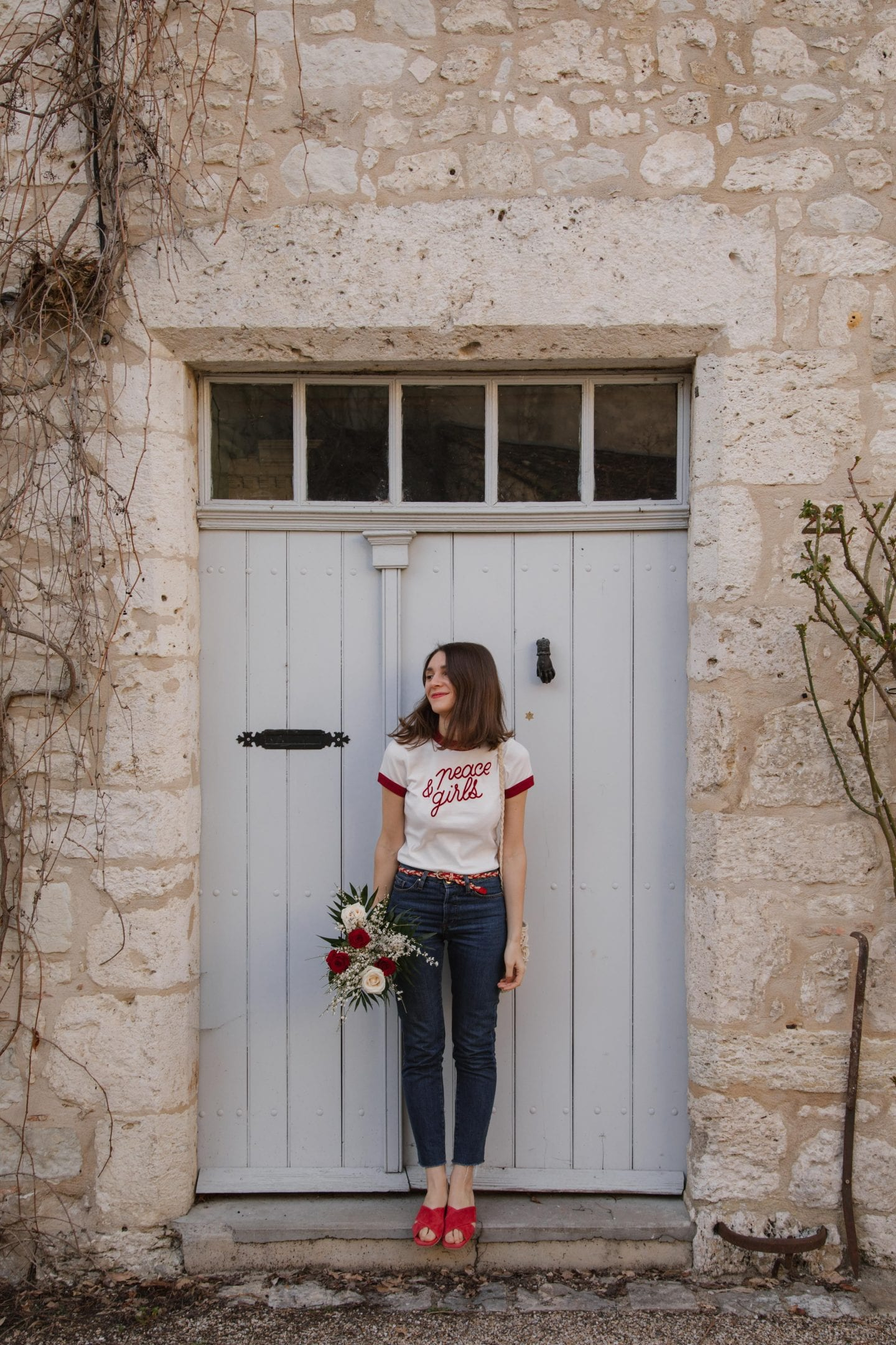 Porter le t-shirt à message : conseils et astuce mode / T-shirt Eva Peace & Girls par Make My Lemonade-Lisa Gachet / Blog some place called home
